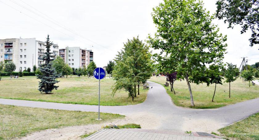 historia, parku lecia powstanie pomnik Marszałka Piłsudskiego - zdjęcie, fotografia