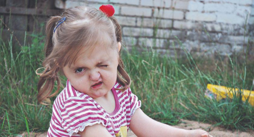 potrzebna pomoc, Pomóżmy Potrzebne pieniądze operację - zdjęcie, fotografia