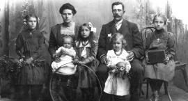 Róży Borowskiej z Krajewskich opowieść nie tylko o odebranym przez wojnę dzieciństwie