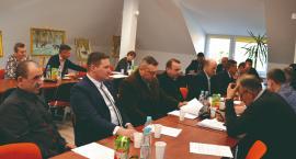 O drogach, inwestycjach i budżecie na sesji w Naruszewie