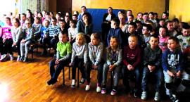Pokaz ratownictwa dla dzieci z SP Kamienica