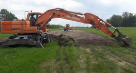 Ruszyła budowa boiska w Słoszewie