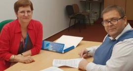 Umowę na dzienne domy pomocy podpisali