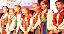 Ziemia Płońska Niepodległej – krakowiaka tańczy Ludowy Zespół Artystyczny Płońsk