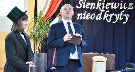 O patronie nieco inaczej, czyli Sienkiewicz nieodkryty