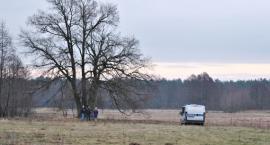Na łące w Gromadzynie znaleziono zwłoki młodego mężczyzny