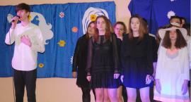 Ostatki z piosenką - śpiewają lokalne talenty - Filip Czaicki