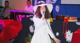 Ostatki z piosenką - śpiewają lokalne talenty - Ewelina Smolińska
