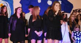 Ostatki z piosenką - śpiewają lokalne talenty - Adela Malon