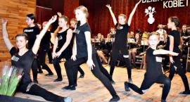 Koncert w Sochocinie - układ tańca nowoczesnego