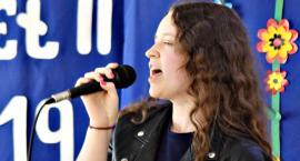 Piosenka obcojęzyczna - śpiewa Gabriela Zielińska