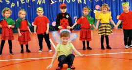 Wiosenna sobota z przedszkolakami - na scenie sochocińskie BIEDRONKI