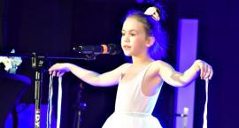 Piosenka jest dobra na wszystko - na scenie Antonina Burdon