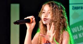 Piosenka jest dobra na wszystko - na scenie Amelia Marciniak