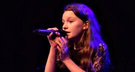 Zaśpiewali w obcych językach - na scenie Julia Szeluga