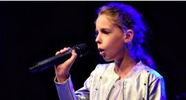 Zaśpiewali w obcych językach - na scenie Laura Żmijewska