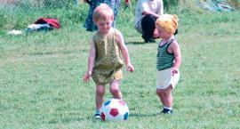 LATO Z RETRO - strażacko-piłkarskie otwarcie boiska w Uniecku 18 lat temu