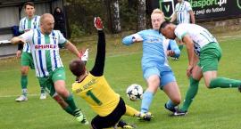 Raport piłkarski - A klasa: derby dla Błękitnych, rezygnacja trenera Wkry i stracona szansa Korony