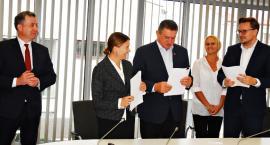 Kolejny etap wielomilionowej inwestycji - umowy na ścieżki podpisane