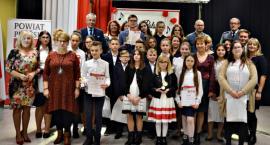 Konkursowe śpiewanie patriotyczne w Czerwińsku