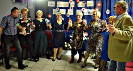 Występy, kalambury, karaoke i fajna zabawa, czyli Dzień Seniora w Naruszewie