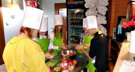 Kulinarne warsztaty w PCPR