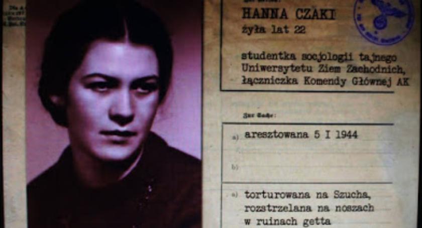 ludzie, Uczczenie kolejnej rocznicy śmierci Hanki Czaki - zdjęcie, fotografia