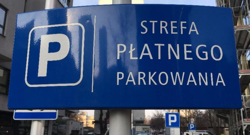 listy czytelników, może strefa płatnego parkowania czytelnika - zdjęcie, fotografia