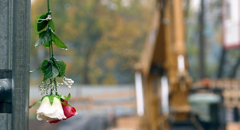 inwestycje , Budowa miejsce pamięci - zdjęcie, fotografia