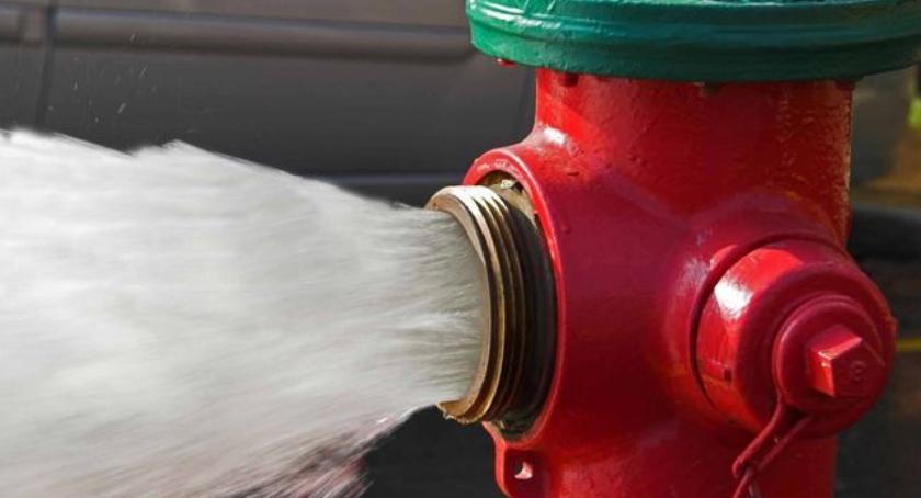żoliborskie klimaty, Hydrant sprawa żoliborska - zdjęcie, fotografia