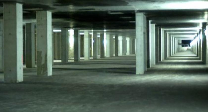 komunikacja, będzie parking podziemny Placem Wilsona - zdjęcie, fotografia