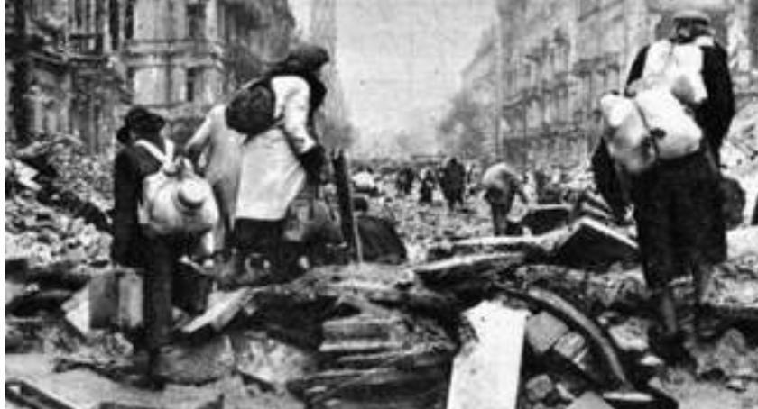 problemy, Fałszywa narracja sprawie rzekomego zrzeczenia niemieckich reparacji odszkodowań Polski - zdjęcie, fotografia