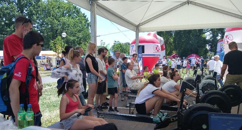 wydarzenia, Zabawa nauka wszystkich mieszkańców Warszawy! Piknik Olimpijski - zdjęcie, fotografia