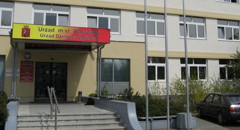 polityka, Żoliborskie manewry samorządowe - zdjęcie, fotografia