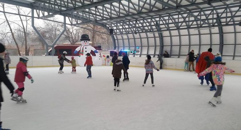 rekreacja, Mikołajki lodowisku - zdjęcie, fotografia
