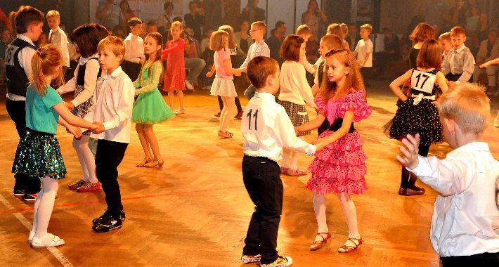 taniec, Turniej Tańca Towarzyskiego Szkole Podstawowej - zdjęcie, fotografia