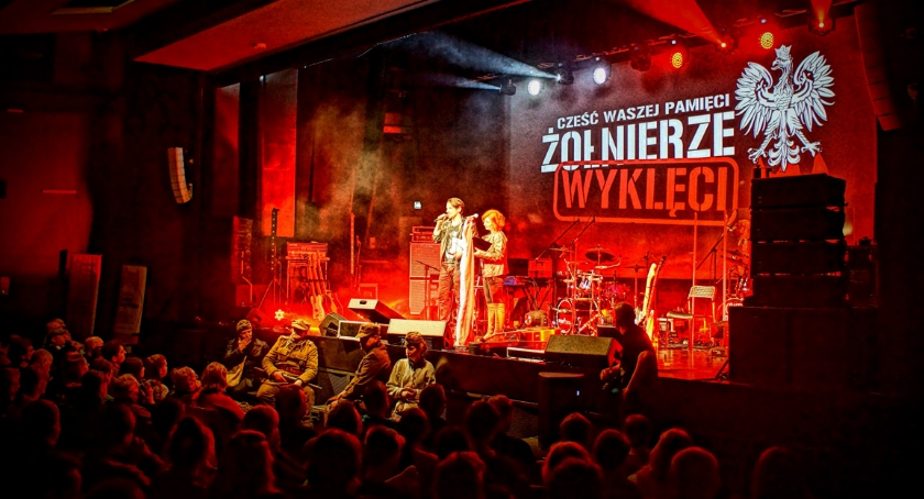muzyka, Koncert Żołnierze Wyklęci - zdjęcie, fotografia
