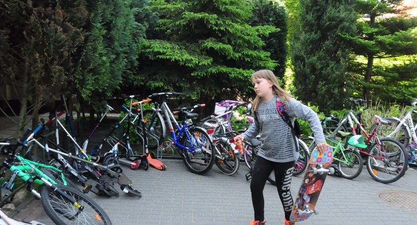 rowery, Rowerem szkoły - zdjęcie, fotografia