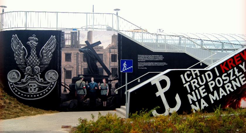 wydarzenia, powstańczy mural Żoliborzu - zdjęcie, fotografia