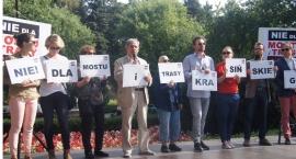 Żegnamy lato, żegnamy most - protest w Parku Żeromskiego
