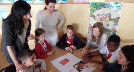 Dzieci w ramach programu Erasmus z wizytą na Żoliborzu