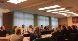 Reforma oświaty na Żoliborzu. Konsultacje czy dywagacje?