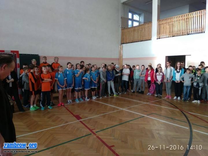 siatkówka piłka ręczna, Igrzyska powiatowe siatkówce - zdjęcie, fotografia