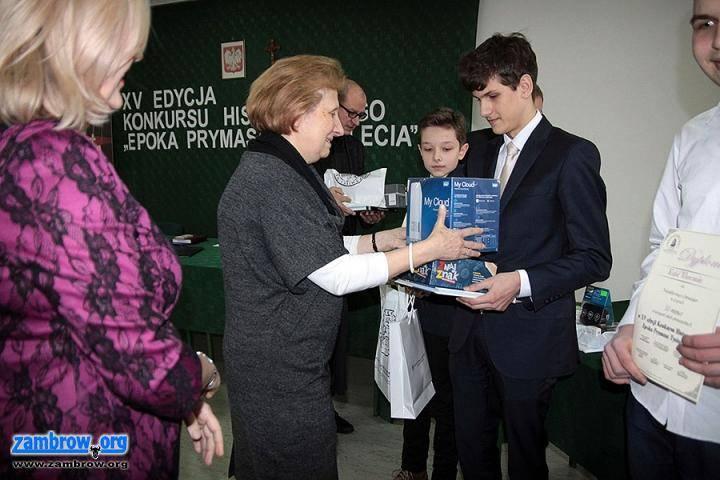 """edukacja, Sukcesy uczniów konkursie """"Epoka Prymasa Tysiąclecia"""" - zdjęcie, fotografia"""