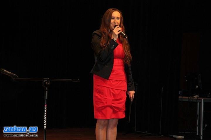 kultura_, Przedszkolaki śpiewały scenie (foto) - zdjęcie, fotografia