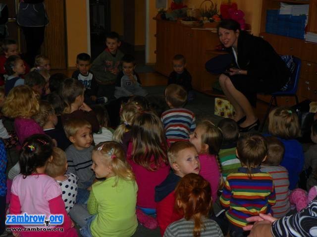 edukacja, Listonosz wizytą - zdjęcie, fotografia