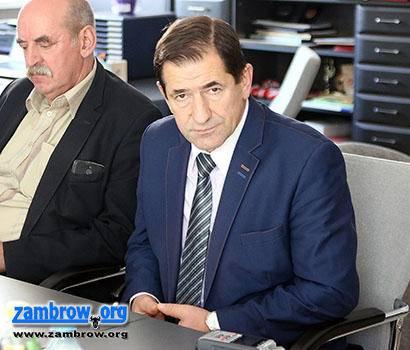 wiadomości z regionu, pozbywa dyrektorów oddziałów - zdjęcie, fotografia