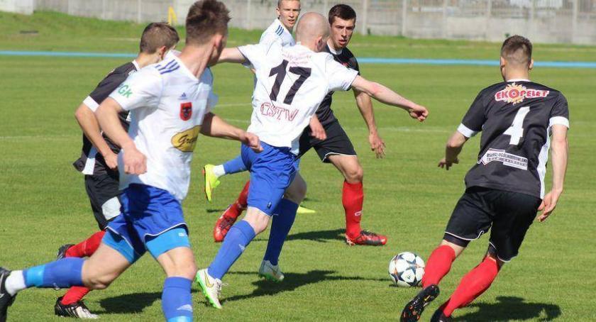 piłka nożna futsal, Olimpia przerwała passę ligowych zwycięstw - zdjęcie, fotografia