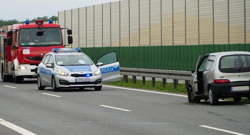 """wypadki drogowe , Wjechała """"pod prąd"""" dwupasmówkę Doszło zderzenia [foto] - zdjęcie, fotografia"""