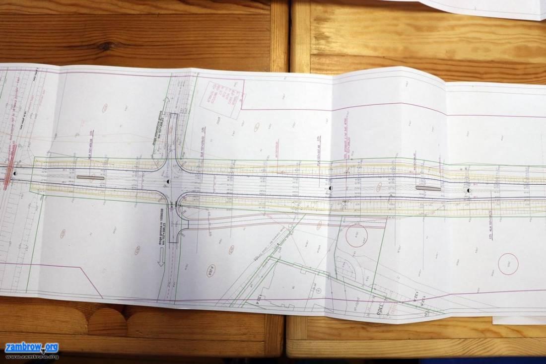 inwestycje, Mieszkańcy Zbrzeźnicy zapoznali projektem przebudowy [foto] - zdjęcie, fotografia